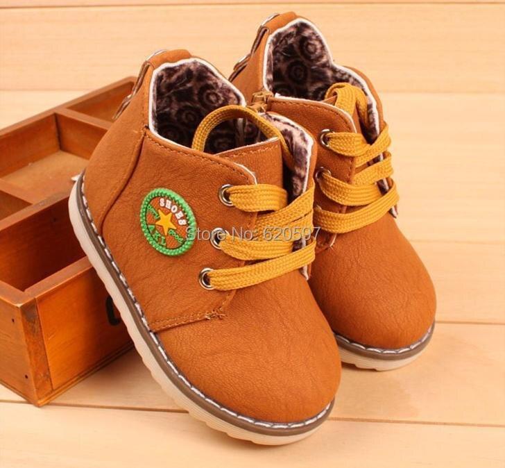 الصين العلامة التجارية الأطفال أحذية 2016 أحذية الأطفال الربيع الفتيان أحذية للماء زلة مقاومة أزياء أطفال أحذية الثلوج الفراء 668A