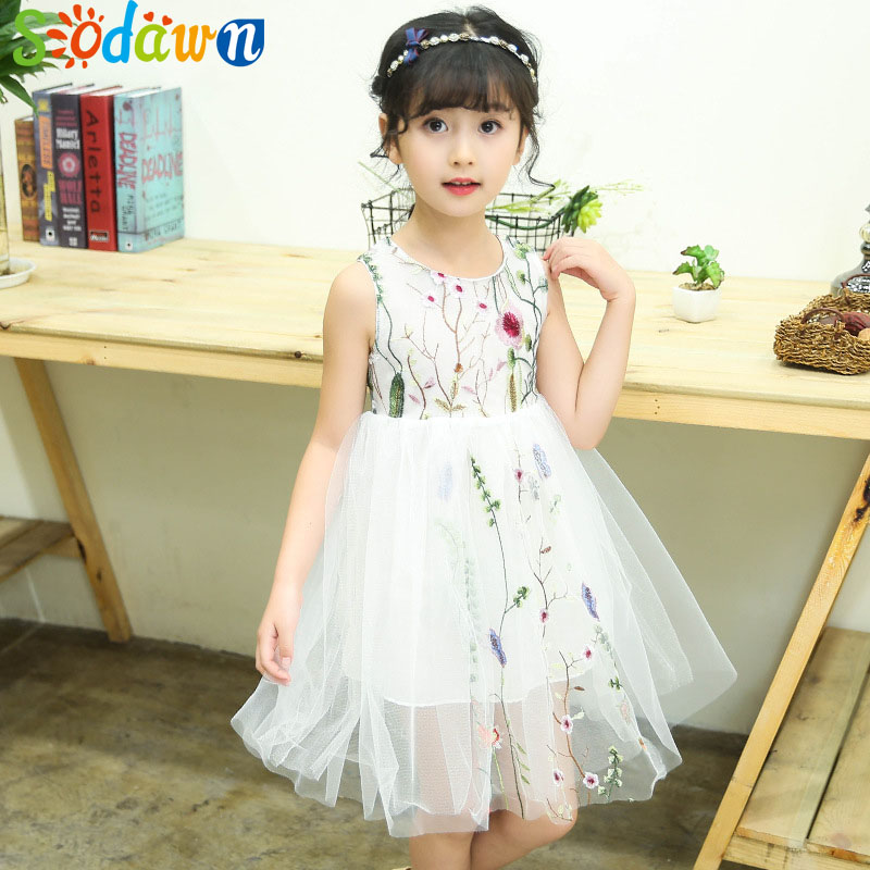 Sodawn 2018 Summer New Girls Dress In Large Childrens Embroidery Design Sleeveless Princess Dress Childrens Clothing 4-14Y