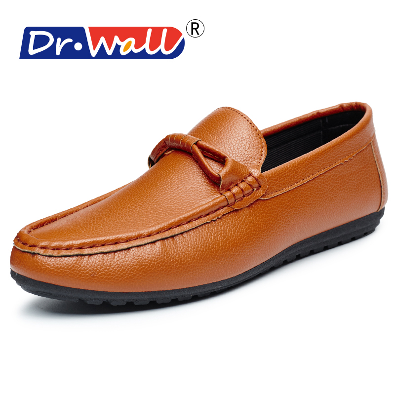 2017 British Style Men Boat Boat Shoes Moccasin Gommino Hombre Solid Solid Loafers Fashion
