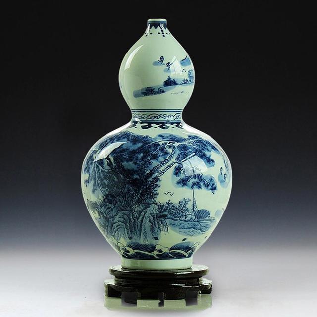 China Jingdezhen Handmade Blue And White Porcelain Landscape