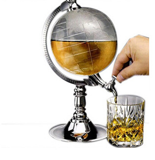 Creative Globe Shape Design Mini Water Dispenser Safe Material Super New Beer Holder Drinks Machine As Gift for Home Beer Bar creative football bar glass beer cup