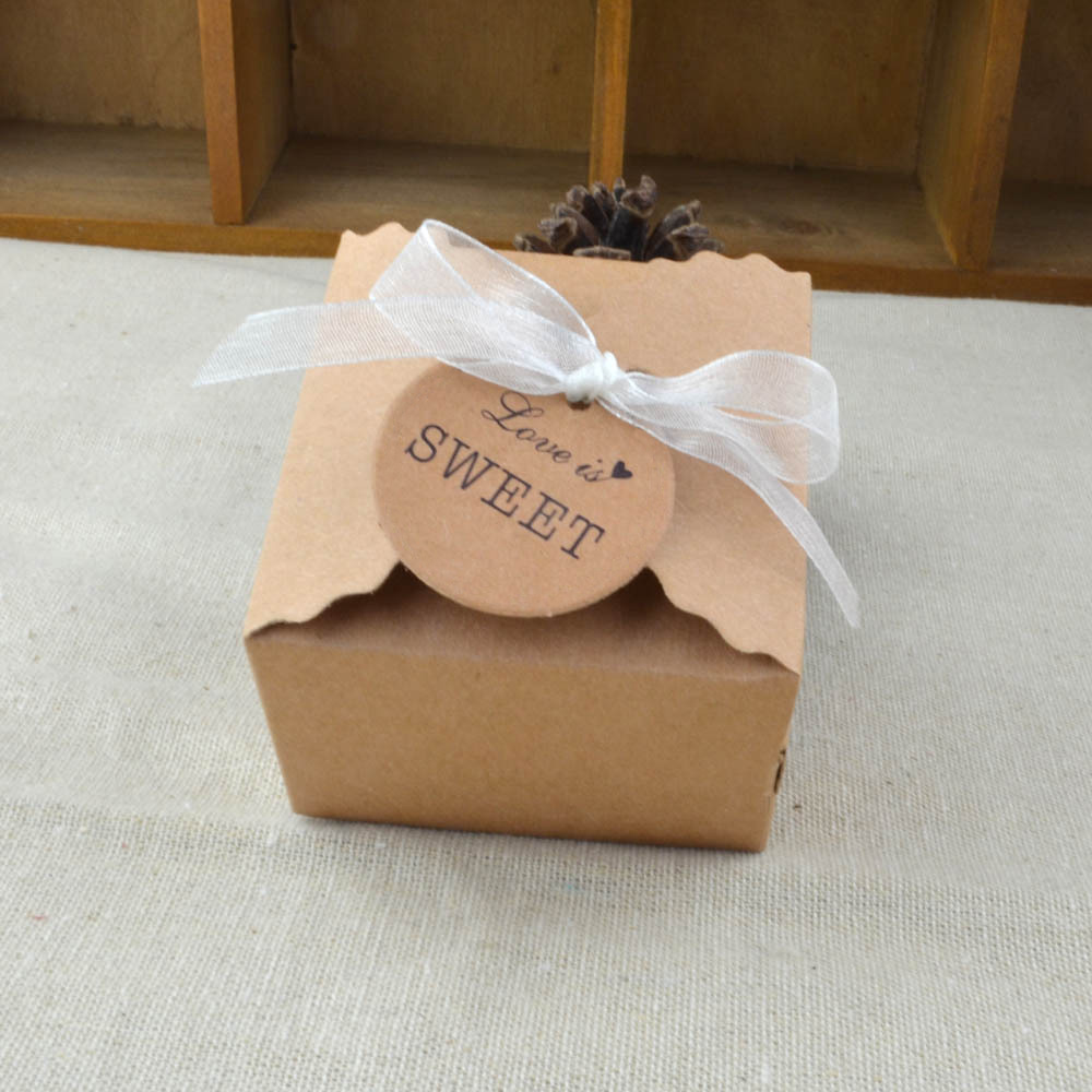 10pcs 6.5x6.5x4.5cm Vintage Retro Mini Kraft Paper Box Wedding Gift Favor Boxes Party Candy Box Packaging With Ribbon And Tag