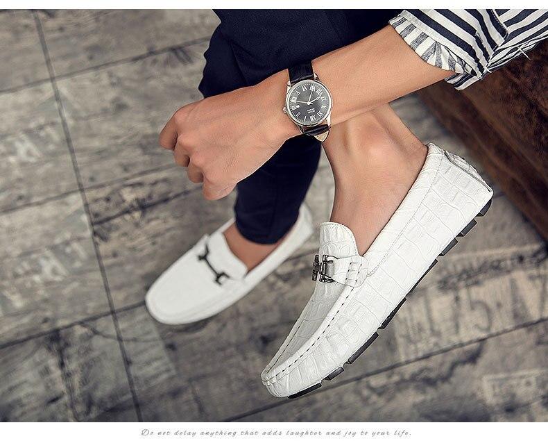 En angleterre Nouvelle Une Mode Noir blanc Chaussures Robe Automne Hommes Cuir Motif bleu Pois Printemps Crocodile Et Pédale Conduite marron De CxBwdrCtq
