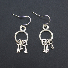 2017 New Women Men's Jewelry Vintage Silver Tone Key 0.8″X0.5″ Dangle Earring DY258 Free Shipping