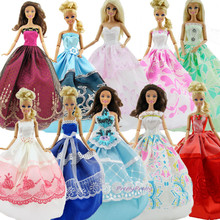 2016 Free shipping New Handmade Random Pick Lot 8Pcs=3 Wedding Dress Princess Gown+5 Pairs Shoes For Barbie Doll Gift Baby Toy