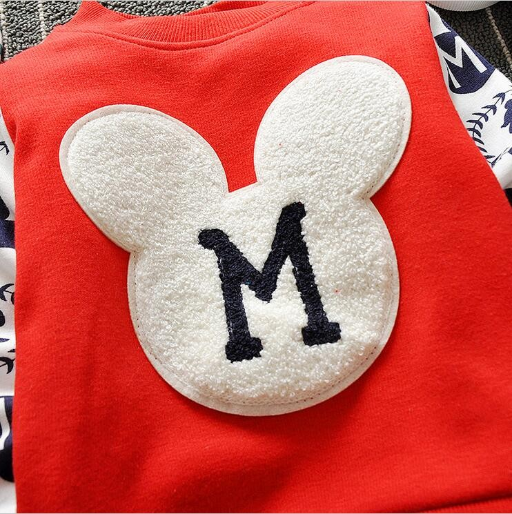 The new cartoon pattern fashion 0-2 year-old male and female baby long-sleeved clothes + free gifts 15