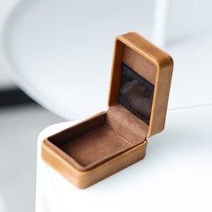 Image 4 - SHANLING C2 Handmade Custom Leather Storage Box for ME100 Earphones Portable Pressure Box