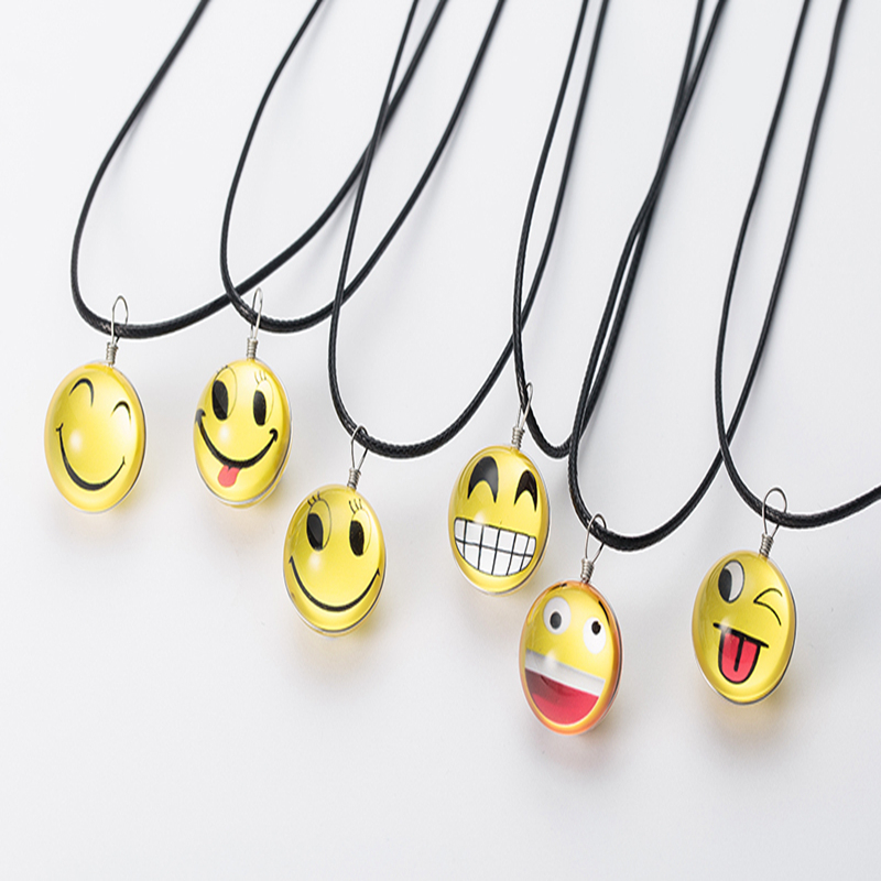 SUTEYI Fashion Arcylic Charm Leather Chain Choker Necklace Girl Glass Jewelry Facial Expression Cute Smile Face Pendant Necklace