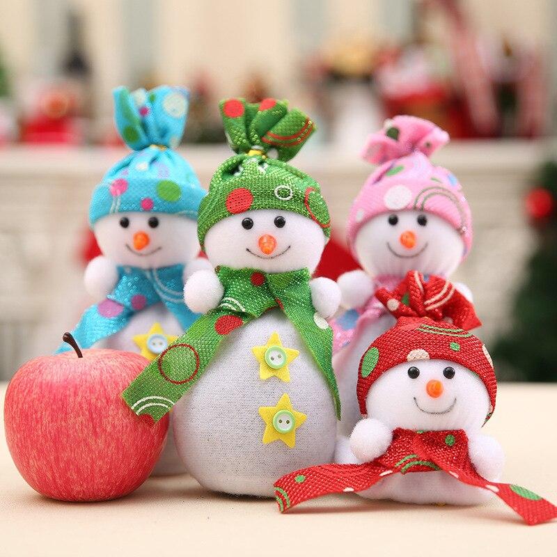 Immagini Di Natale Pupazzi Di Neve.Us 1 18 43 Di Sconto Buon Natale Carino Pupazzo Di Neve Del Pendente Casa Ornamento Pupazzi Di Neve Di Apple Borse Regali Borse Di Cerimonia Nuziale