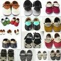 2016 Nuevo Parche de Cuero Genuino Bebé Mocasines Borla Zapatos Primeros Caminante antideslizante Calzado Recién Nacido Niño Slip-on Zapatos suaves