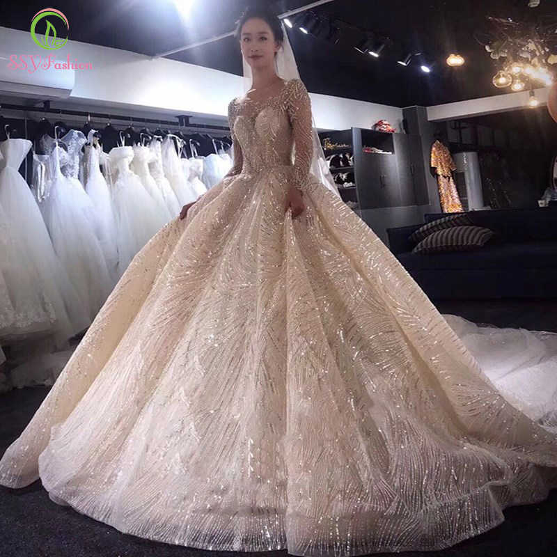 SSYFashion New Wedding Dress Luxury Long Sleeve Court Train Sequins Beading Light Champagne Wedding Ball Gowns Vestido De Novia