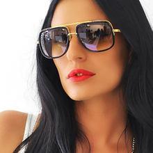 c3f05ba0d Óculos de sol quadrados Homens Flat Top Hot Mulheres de Design Da Marca de  Luxo Casal Lady Celebridade Brad Pitt Óculos de Sol S..