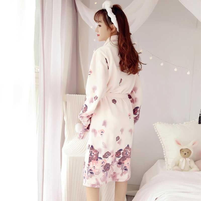 2018 冬厚く暖かいソフトフランネル着物ローブ女性のための長袖花サンゴのベルベットのバスローブ部屋着ホームウェア服