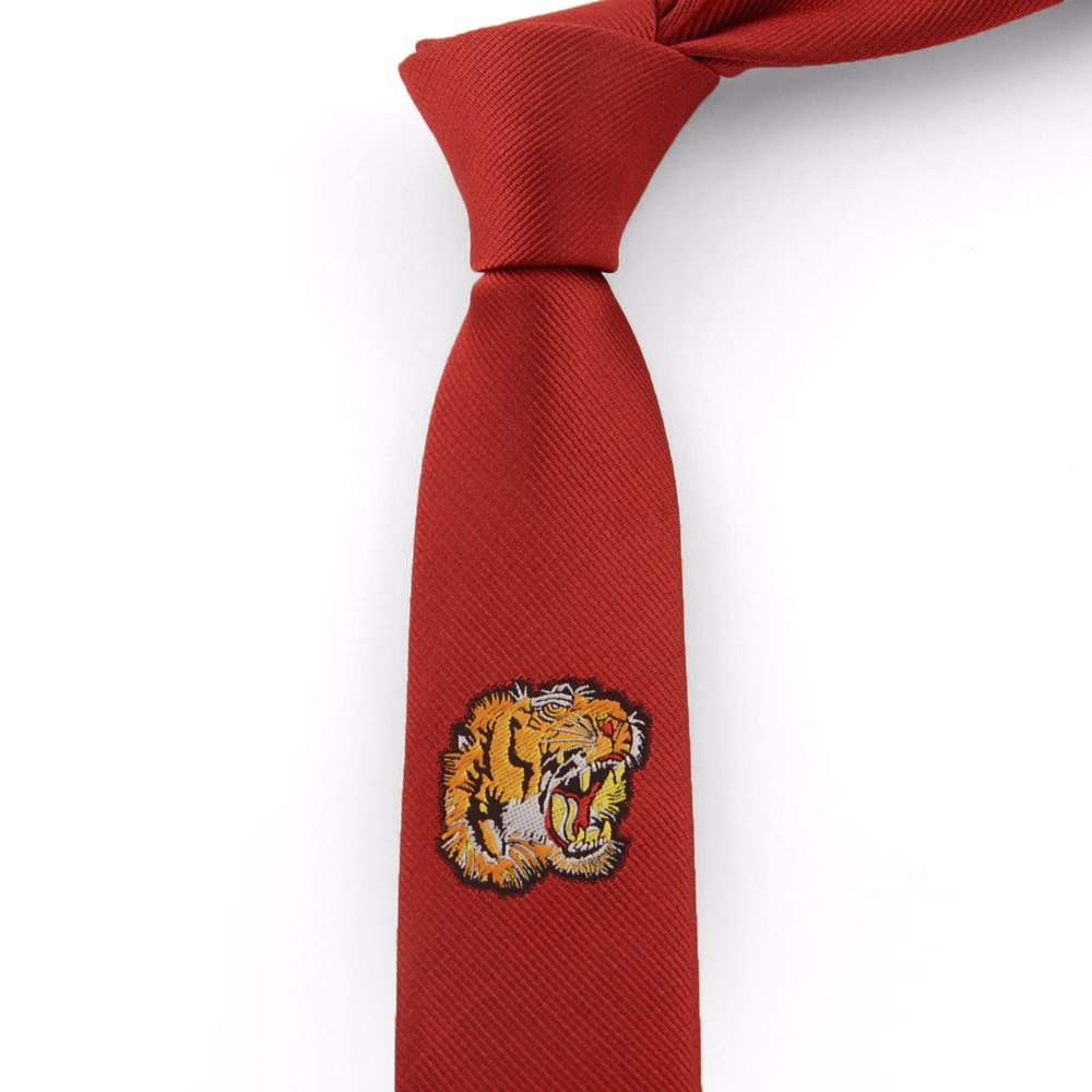 2018 Tiger Ties for Mens Slim Tie High Density Embroidery Woven Necktie High Quality New Fashion Black Red Neck Tie