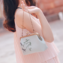 Angelatracy 2019 New Arrival Handmade Floral Flower Dragonfly Cotton Embroidery Women Shoulder Bag Crossbody Flap Day Clutch