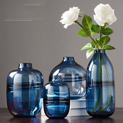 Moderne minimaliste transparent verre vase décoration style nordique salon avec ornement de fleurs séchées