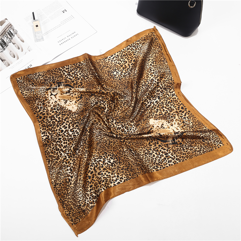 New Arrival Leopard Silk Square Scarf Women Shawls Wraps Fashion Flowers Scarf Small Hair Neck Hijabs Scarves Shawl