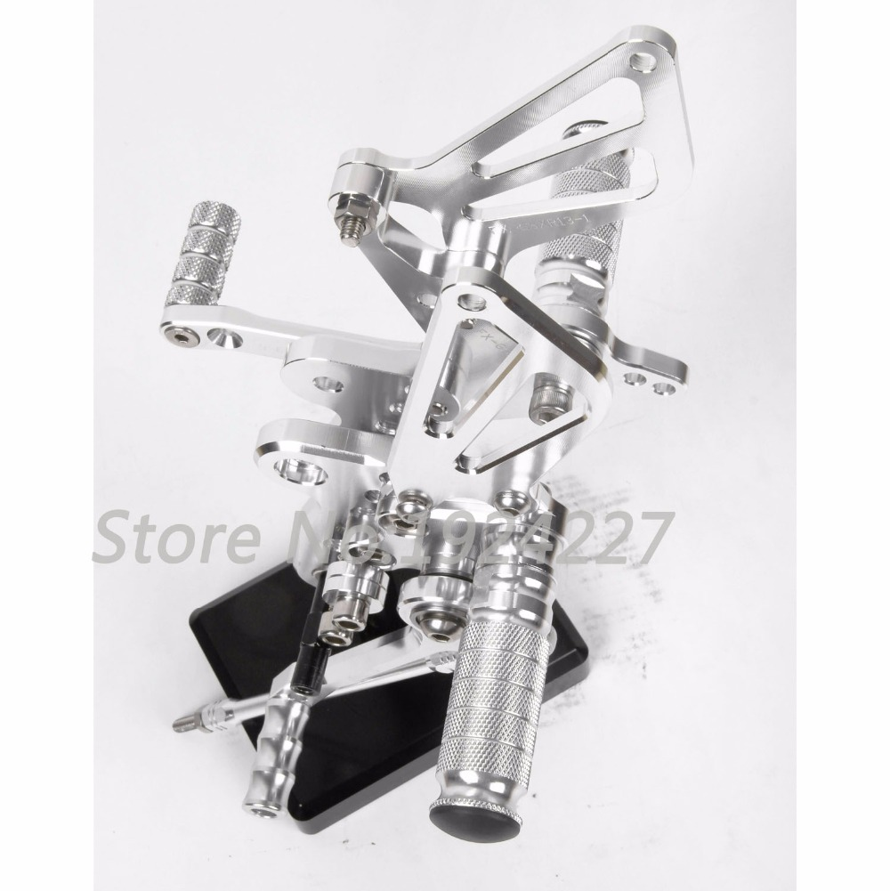 Motorcycle CNC Adjustable Foot Pegs Rear Set For Suzuki GSXR 1300 Hayabusa 1999-2007 Hot Sale Motorcycle Foot Pegs Silver