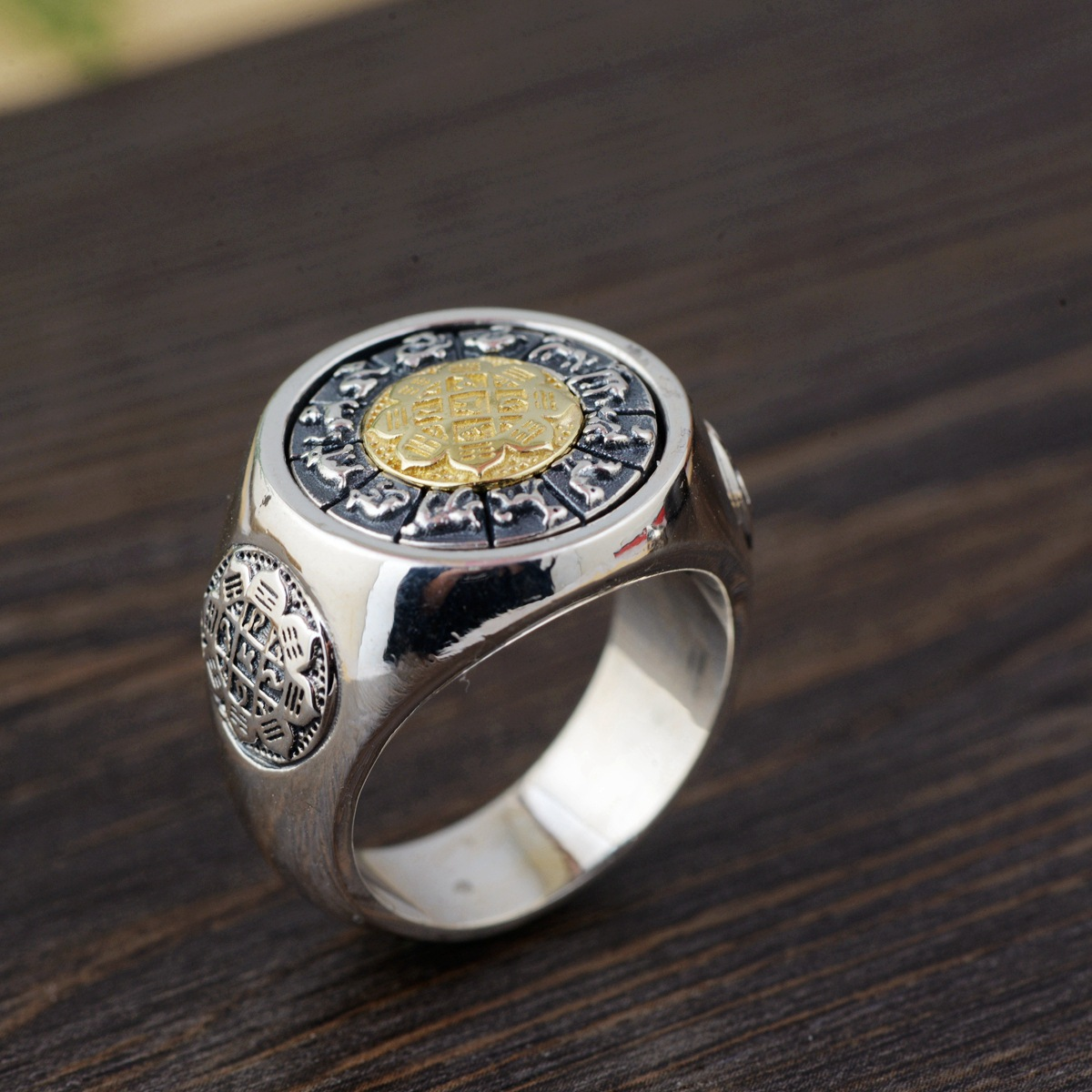 S925 silver restoring ancient ways process jiugong gossip rotating ring new Thai silver wholesale 2018 direct selling anel feminino thai restoring ancient ways leading mosaic unique ring wholesale corundum man with ambition