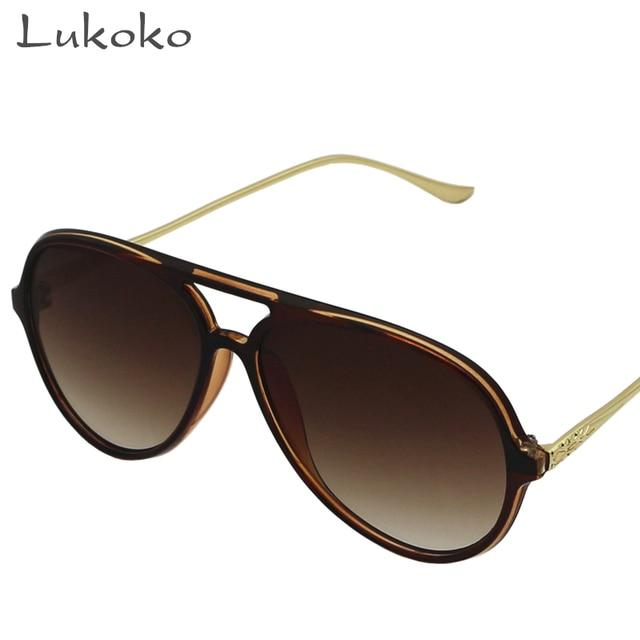 Mulher De Luxo Itália Lukoko Erkek Tendência Das Mulheres Óculos De Sol Da  Marca Designer 2017 4d7faecd96