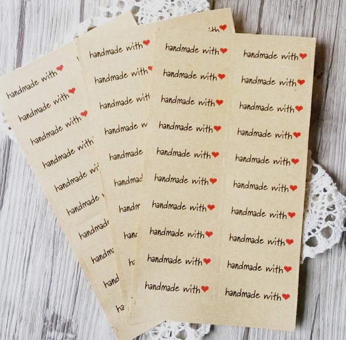 """100 шт./лот """"ручной работы с сердцем"""" крафт-бумага печать наклейки для изделий ручной работы с поделки хлебобулочные packsge этикета стикер"""
