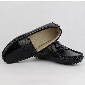 Image 4 - Novas Mulheres de Design Sapatos Baixos Mulheres de Couro Pu Apartamentos Sapatos de Couro de Condução Sapatos Mocassins Macio E Confortável Moda Casual