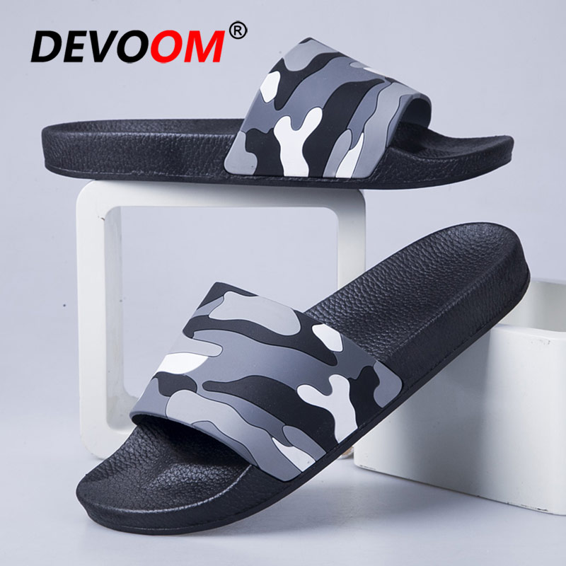 New Summer Beach Slippers Mannen Chaussons Homme Men Shoes Outdoor Slippers Home Slides Men Breathable Lightweight Mens Slippers