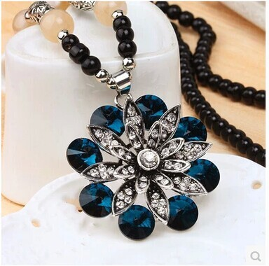 2015 women pendant necklace vintage fashion pendent women friendship bead rose big blue necklace sweater chain necklace jewelry