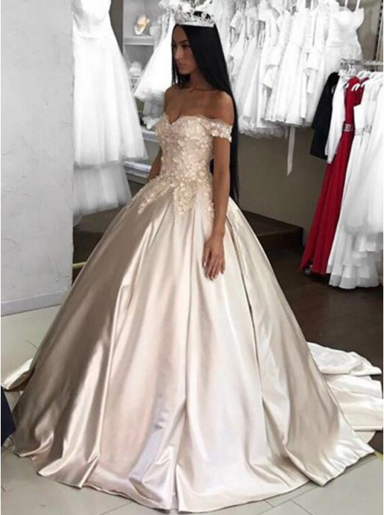 Gold Princess Quinceanera Dresses Elegant Ball Gown Prom Dresses With Flowers Off The Shoulder Sweet 16 Dress Custom Made 2018