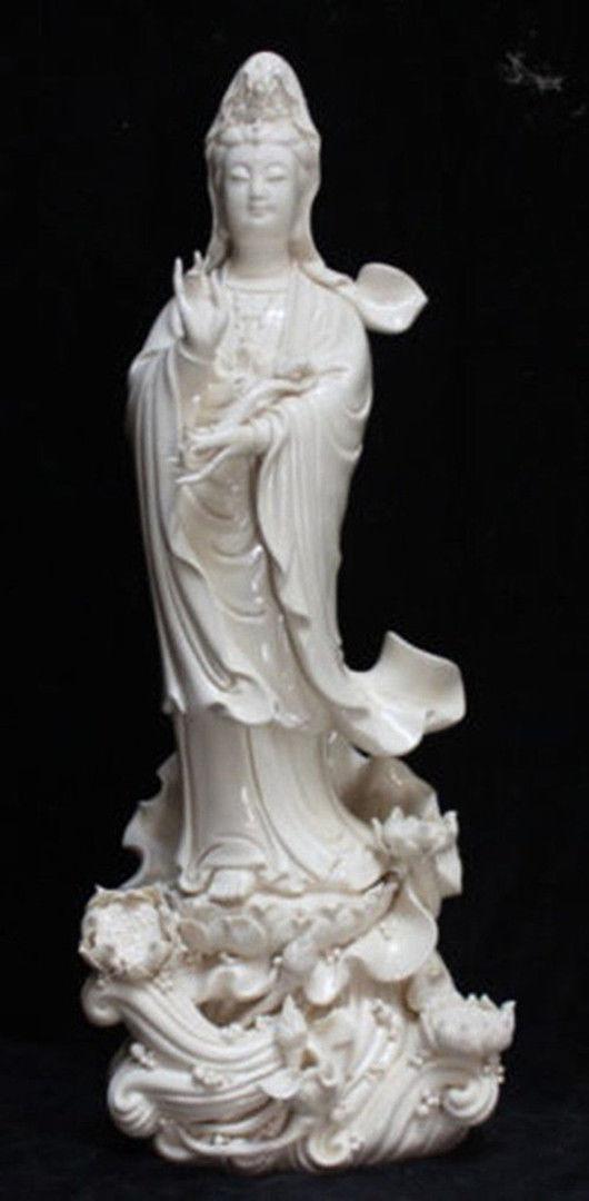 Chinese Dehua Porcelain Lianhua Kwan-yin Guanyin Ruyi Buddha Lotus StatueChinese Dehua Porcelain Lianhua Kwan-yin Guanyin Ruyi Buddha Lotus Statue