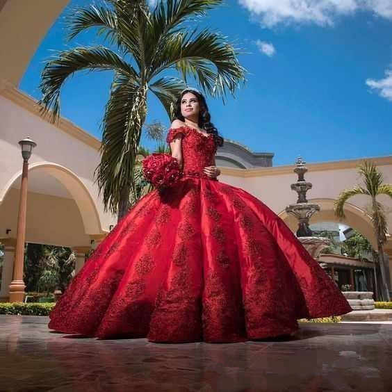 2019 Bola Merah Gaun Quinceanera Gaun Elegan Bahu Renda Bordiran Satin Sweet 16 Pesta Ulang Tahun Gaun Custom Made