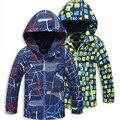 Crianças Jaquetas para Os Meninos 2016 Primavera Outono Com Capuz Impresso Do Bebê Meninos Outerwear & Casacos 2-10 Anos Crianças Blusão roupas