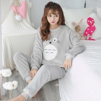 2018 new Winter Pyjamas Women Warm Fannel Thickening Pajamas Set Femmel Pijamas Mujer Sleepwear Sets cartoon young girl homewear sitting