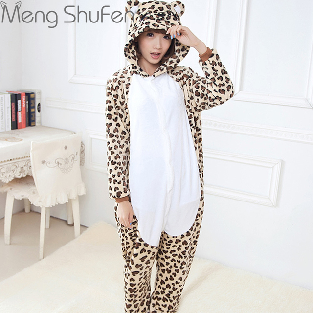 2017 Unisex Adult Leopard Bear Pajamas Sets For Women Men Flannel Hooded Cartoon Animal Sleepwear Warm Homewear home clothing