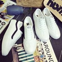 {D&Henlu}Men Flats Shoes Casual Leather Sneakers Mens Casual Shoes Male Vulcanize Shoe White Fashion Lace Up Skateboard Shoe