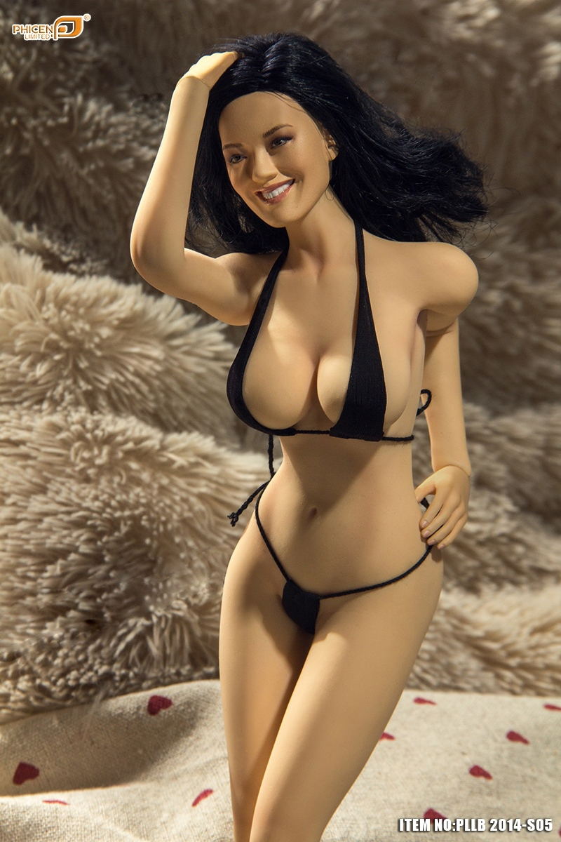 Sexy Female Figure 7