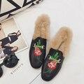 Mulheres da moda Sapatos De Pele Subiu bordado Das Mulheres Chinelo Flats Feminino Casual Apartamentos Loafer Mulheres Sapatos Confortáveis