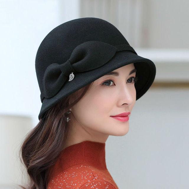 96db8f4f3 US $16.5 50% OFF|2018 Female Banquet Fashion Headwear Lady Party Formal  Short Brim Cloche Hat Women Winter 100% Wool Felt Hats-in Fedoras from  Apparel ...