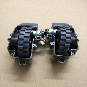 Image 3 - الروبوت فراغ نظافة الاكسسوارات يسار يمين عجلات ل الباندا X500 روبوت مكنسة كهربائية أجزاء