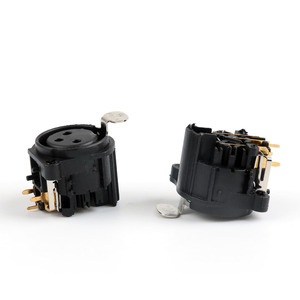 Image 2 - Areyourshop Sale 100Pcs 3Pole Lock XLR Female Chassis Socket PCB Panel Connector For Mic Guitar