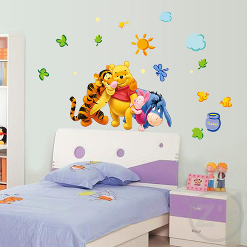 Zs klistermärke Winnie the Pooh Wall Stickers Pooh Home Decor Cartoon Väggdekal för Kids Room Decal Vinyl Väggmålning