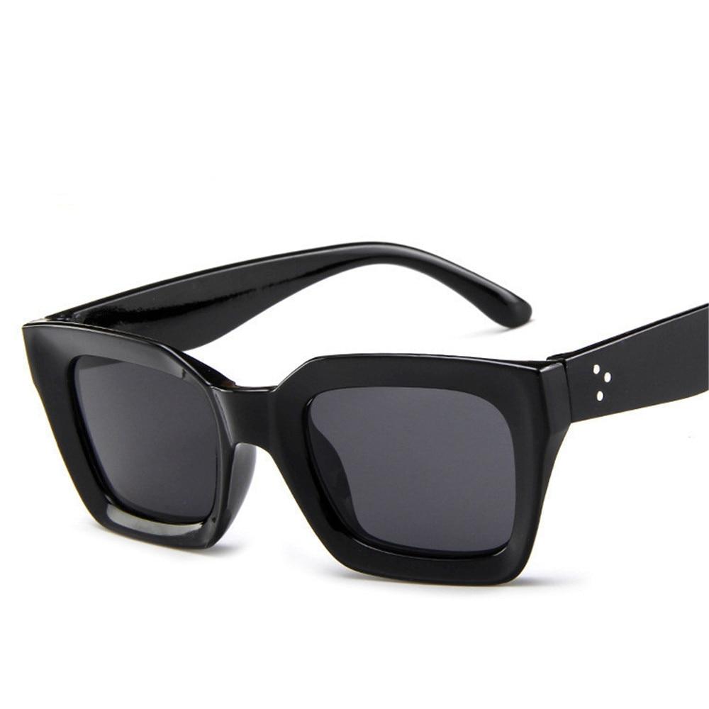 ZXRCYYL Cute Sexy Retro Cateye Sunglasses Women Small Black White Triangle Vintage Cheap Red Sun Glasses Female Uv400