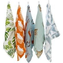 5 st / set babyhandduk 31 * 28 cm 4 lager bomull bambu material barnens handdukar mjuka tecknad handduk baby handduk för nyfödda