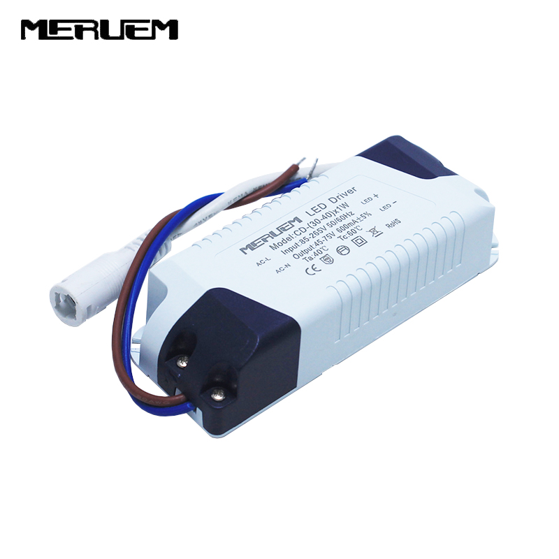 3pcs / lot 36W-40W lampu panel LED Power Supply Pencahayaan Transformer AC85-265V Output: 600mA, DC45-75V Drive eksternal
