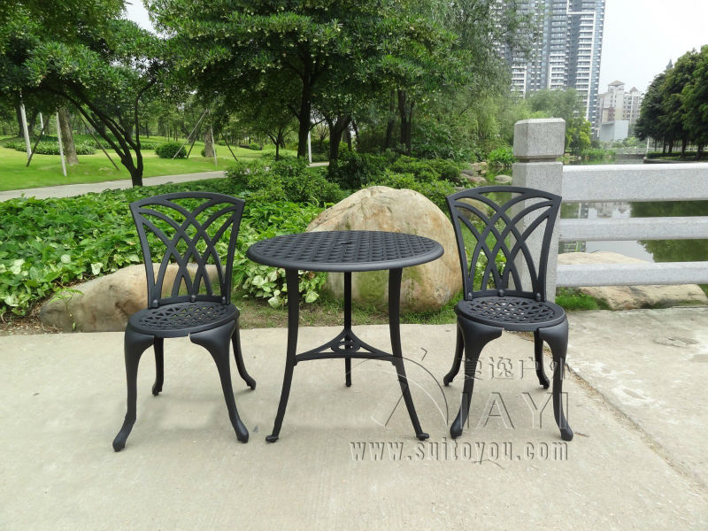 CAST ALUMINUM OUTDOOR GARDEN PATIO TABLE AND 2 CHAIRS SETTING 3 ...