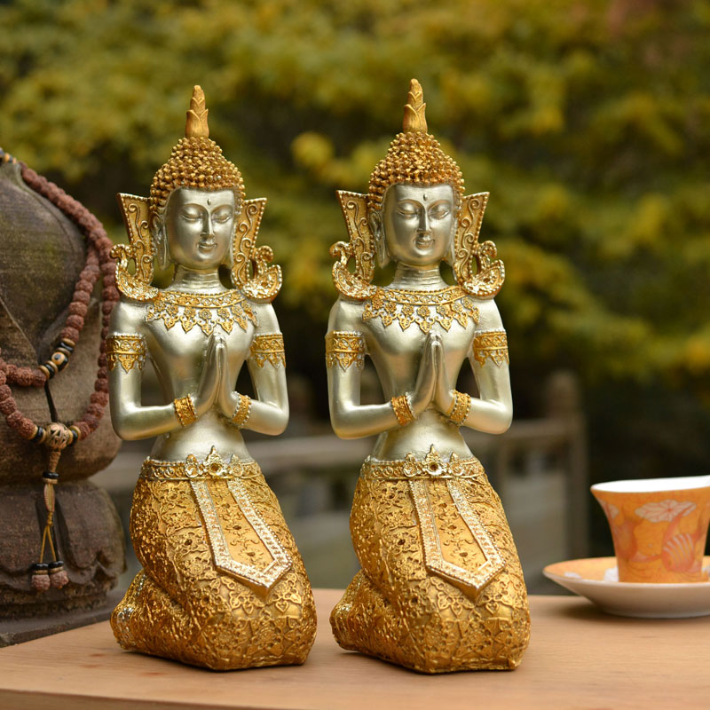 Meditation Buddha sculpture / Kneeling goddess statue home decoration creative gifts Southeast Asian small religious ornaments