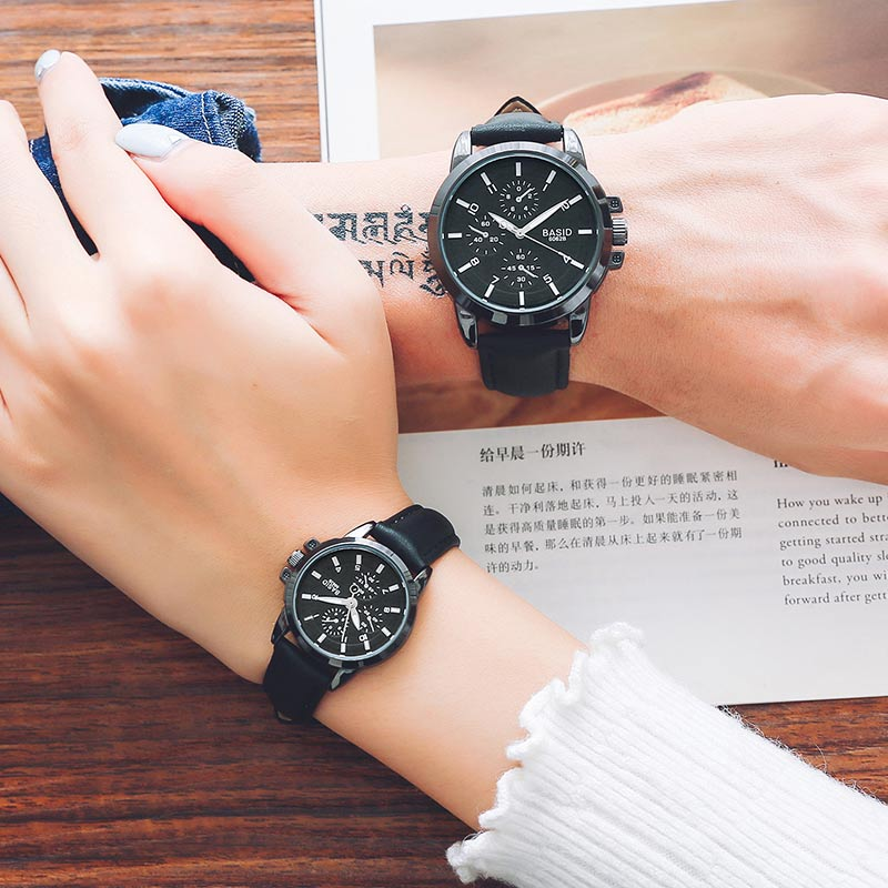 Women Watches Leather Band Men Quartz Wristwatch Fashion Classical Couples Watch Waterproof  Student Christmas Present