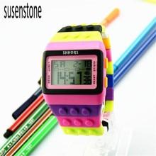 Горячая Новый дизайн Унисекс Красочный светодиодные электронные спортивные часы цифровые наручные часы для мальчиков девочек часы идеальный подарок