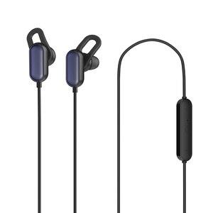 Image 2 - Xiaomi Sport Bluetooth Kopfhörer Jugend version 2018 Neueste Headset Mit Mic Sport Drahtlose Ohrhörer Bluetooth 4,1 Wasserdicht