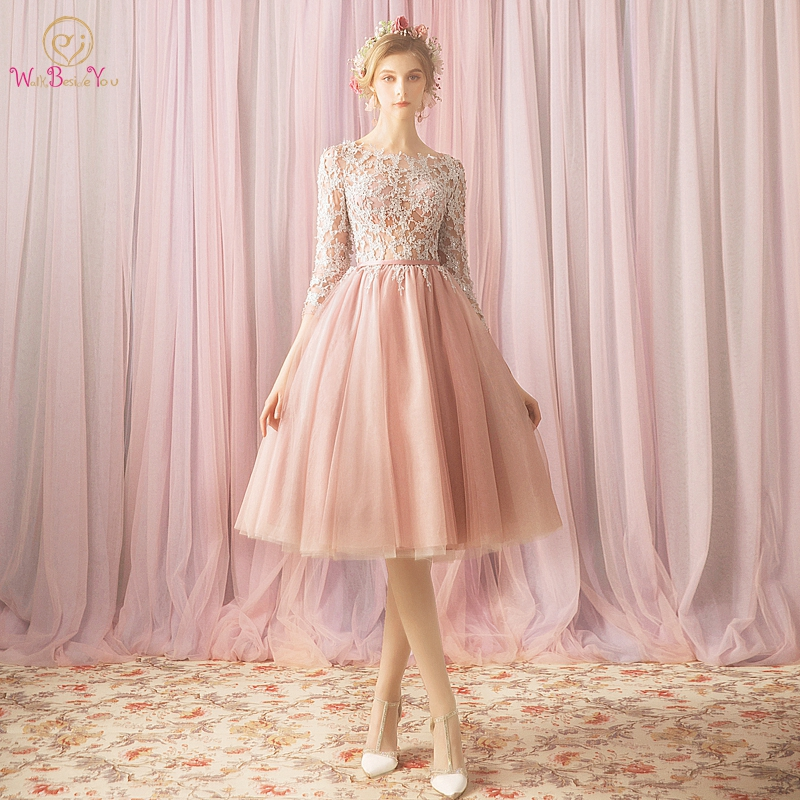 Luxury Pink   Bridesmaid     Dresses   2019 Half sleeves Knee Length Ball Gown O neck Appliques Lace Short Adult And Junior Robe Femme